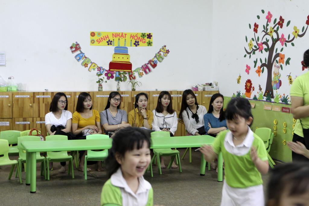 Chuyến tham quan trải nghiệm thực tế đầu tiên của sinh viên Trường đại học Hùng Vương tại Green School