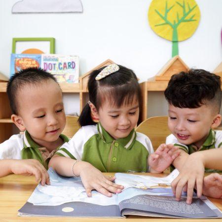 Một ngày ở trường mầm non của trẻ tại Green School