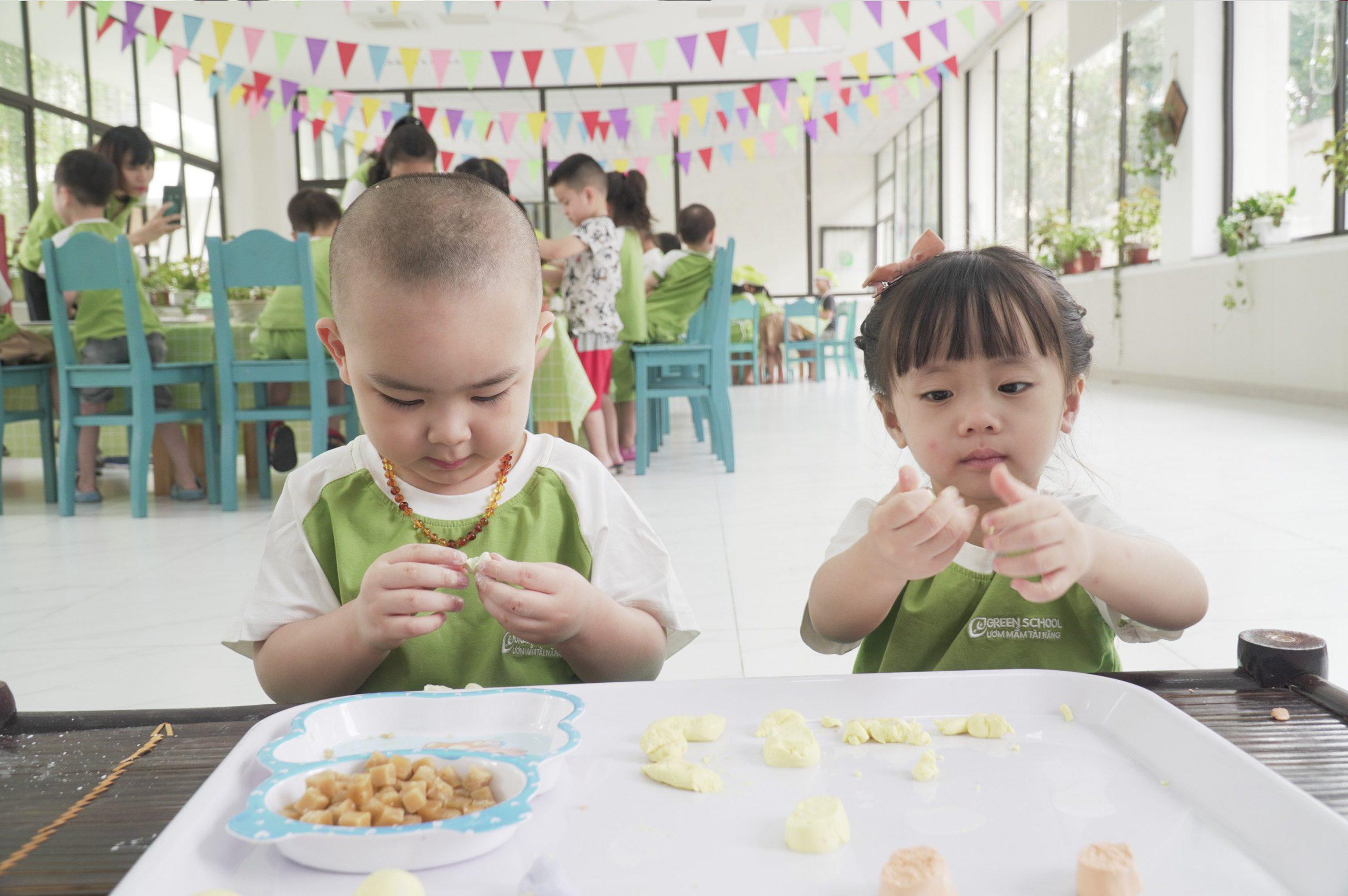 Trường mầm non cho bé 1 tuổi chọn trường để trẻ phát triển toàn diện
