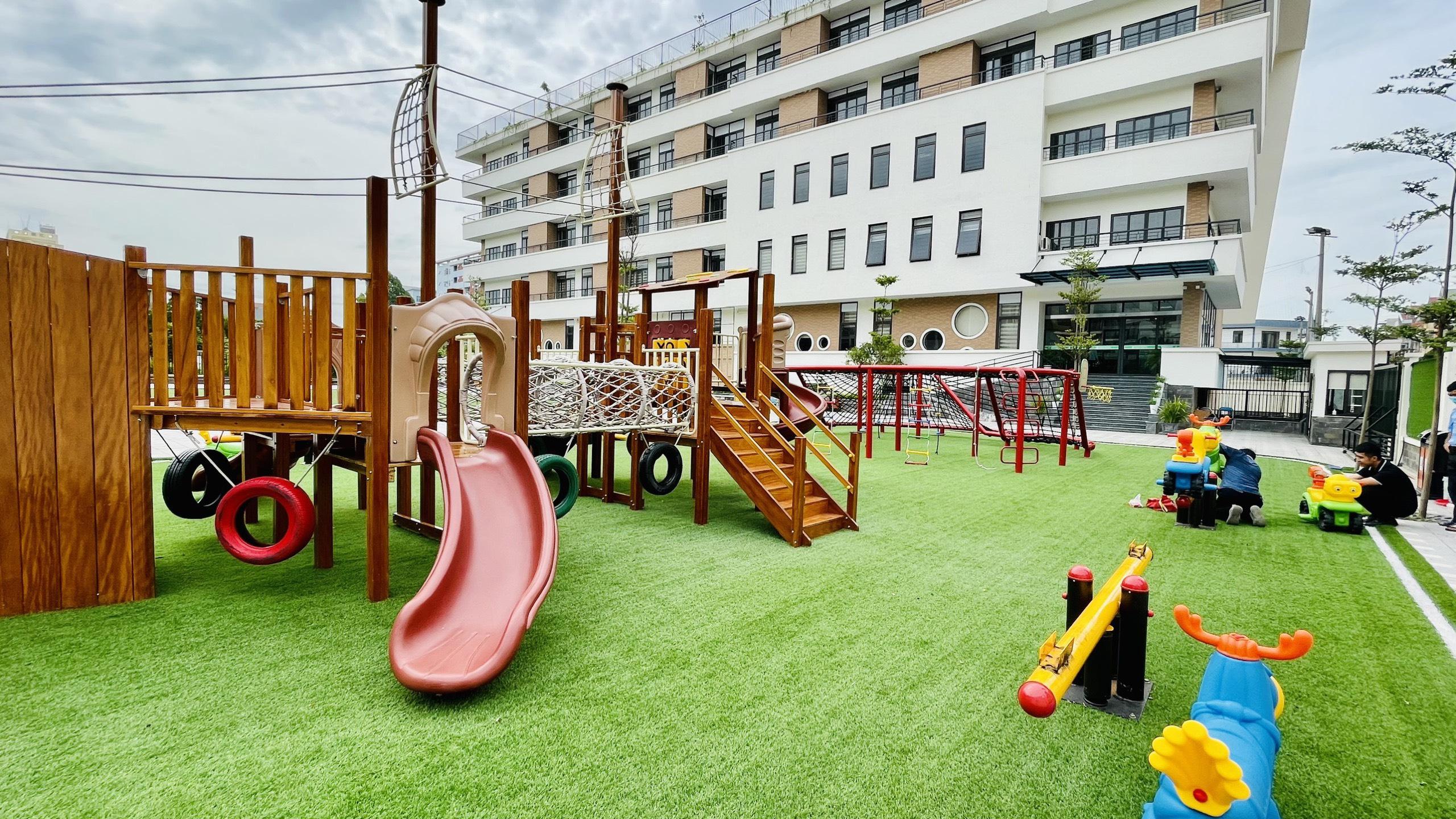 Khu vui chơi ngoài trời dành cho các bạn nhỏ tại Green School Bắc Giang